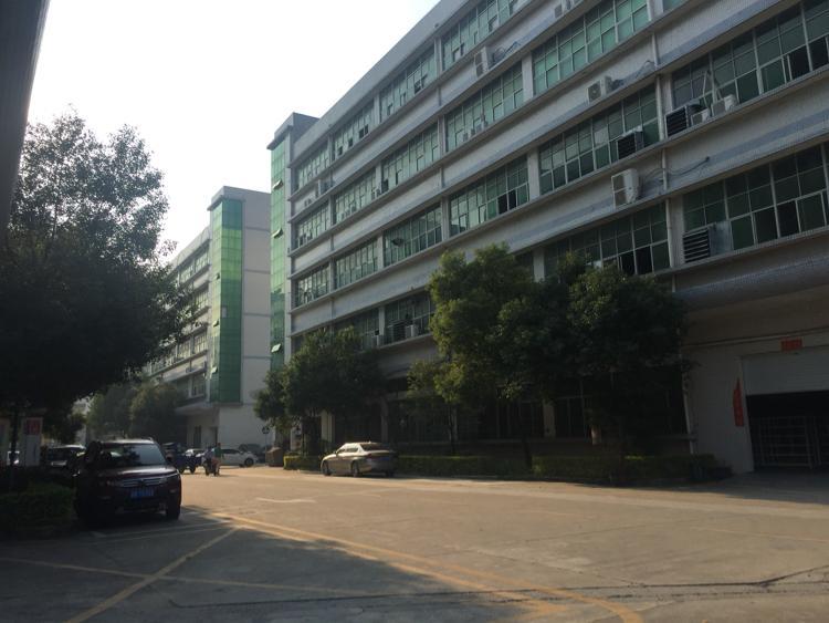 观澜新出红本厂房一楼1000平米带办公室装修空地大