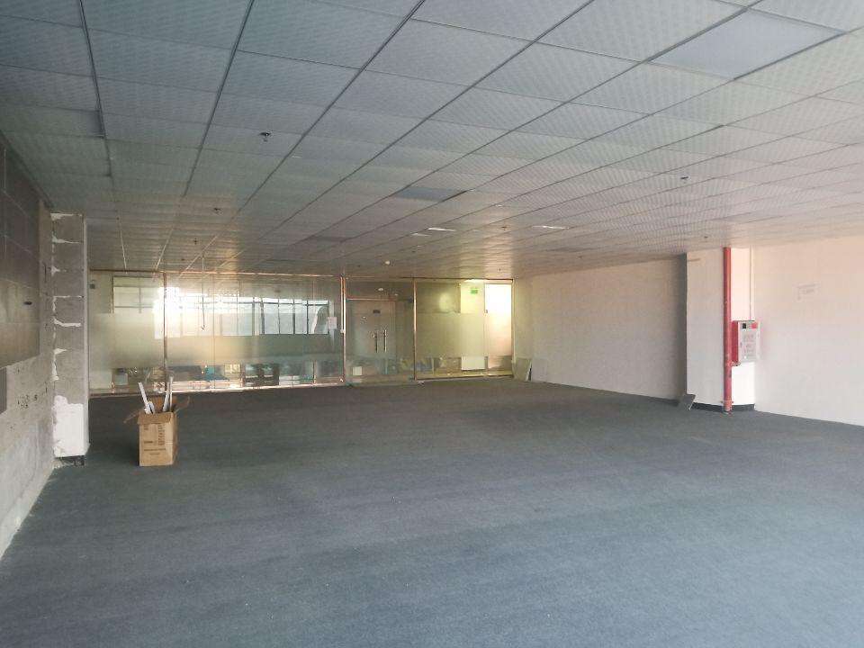 长安广深高速出口二楼带装修装修水电齐全1200平方厂房出租