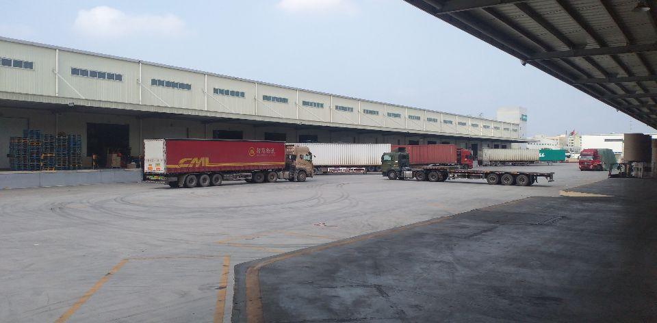 平湖街道白泥坑钢结构厂房仓库1000平米出租层高10米