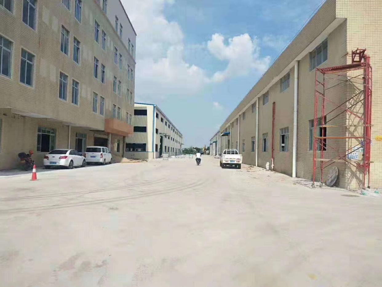 新塘新空出一楼标准厂房出租现成印刷环评
