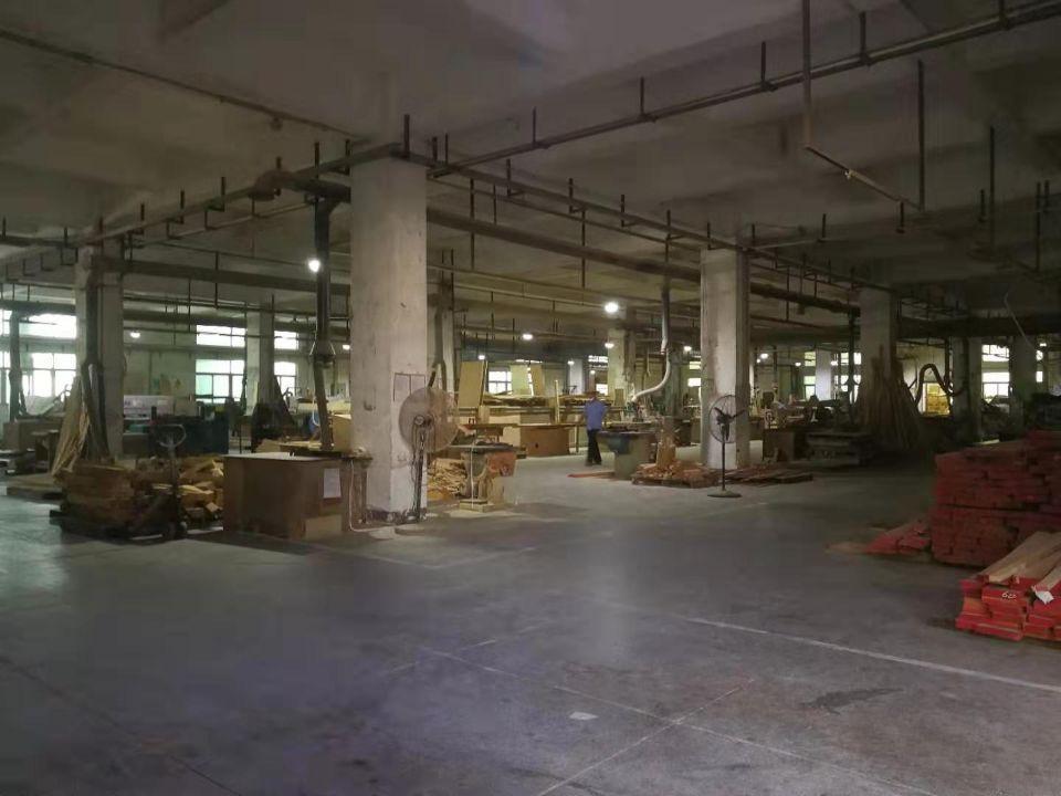 石排镇家具厂出租车间面积8500平米