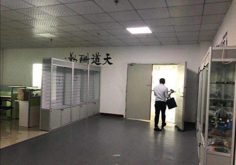 观澜牛湖550平带豪华装修独门独院办公生产仓库齐全厂房出租
