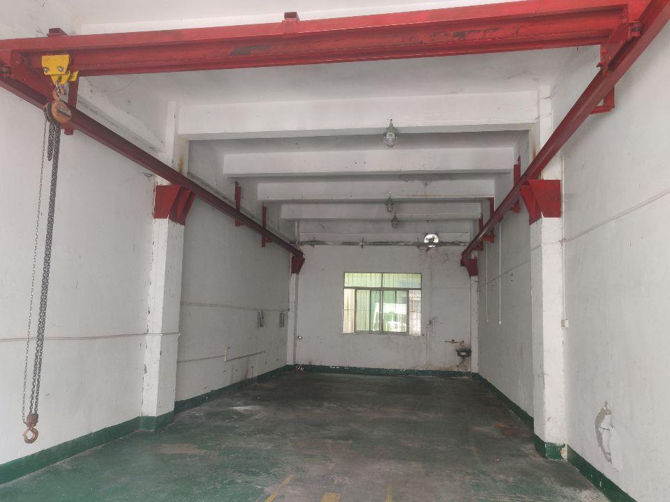 龙华汽车站附近标准工业区一楼小面积400、200平可做加工等