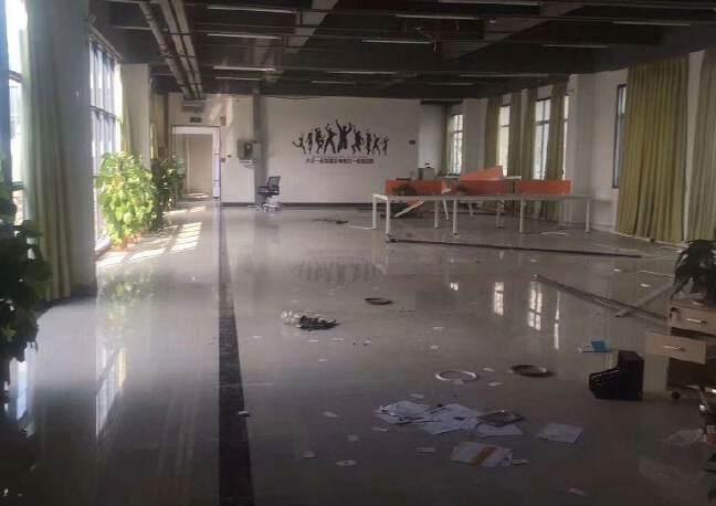 龙华清湖独院6000平写字楼,电子商务仓库招租