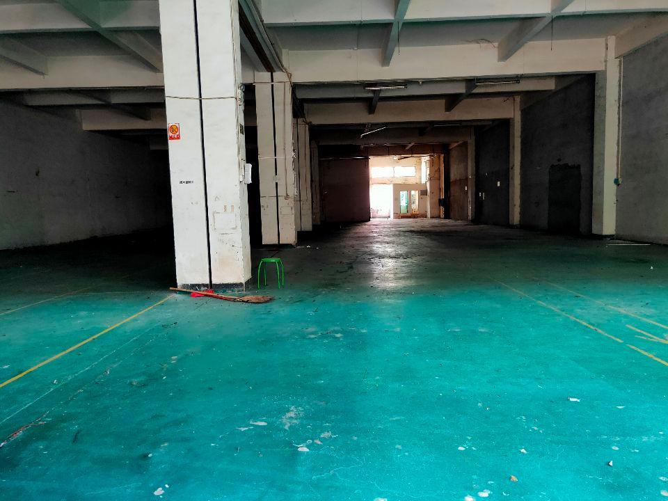 黄埔开发区开创大道旁标准厂房,一楼1000平米招租