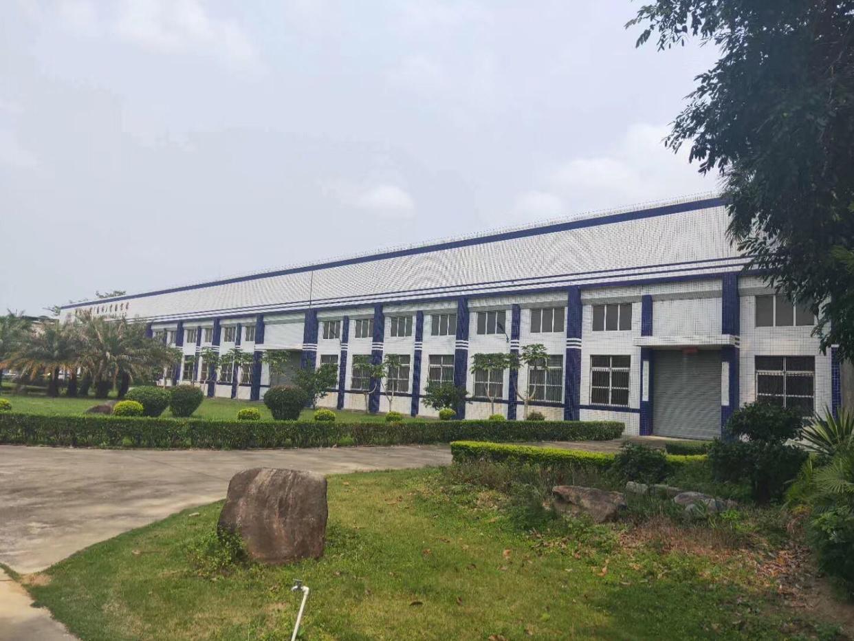 深圳市坪山区大工业区厂房出租。花园寺适合重工业和仓库。