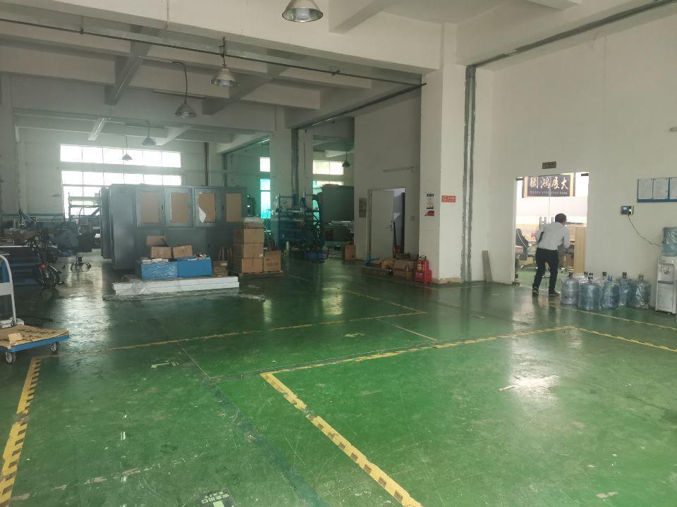松岗大田洋一楼独门独院厂房600平米现成装修