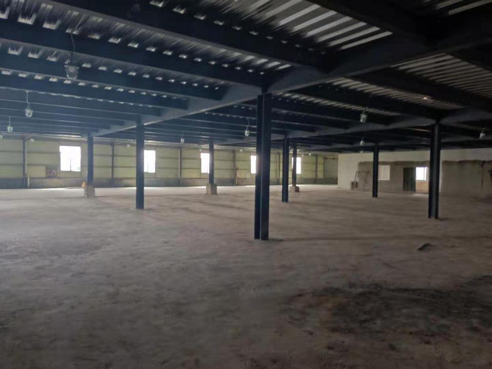 广州市白云区单一层厂房出租离大马路近价格便宜面积足可做仓库