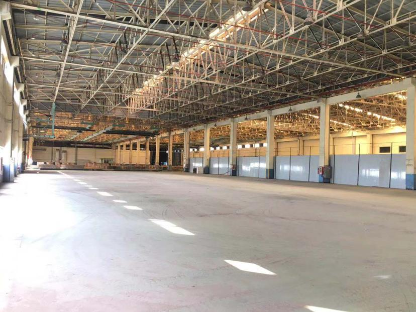 仓库7000平低价招租,交通便利