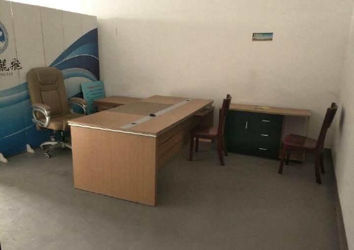 汉阳办公260平米,简装,紧临小区,配套齐全图片2