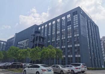 坂田华为基地旁边高新产业园1至4层14000平方面积大小分租图片3