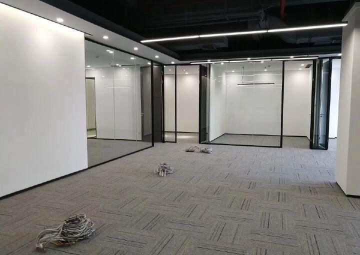 坂田杨美地铁站附近办公室426平出租图片3