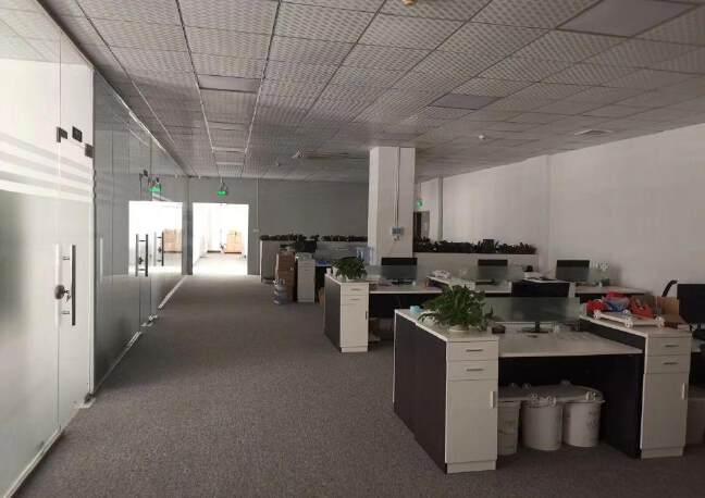 福永和平新出原房东厂房3楼1415平方带豪华装修不需要装让费