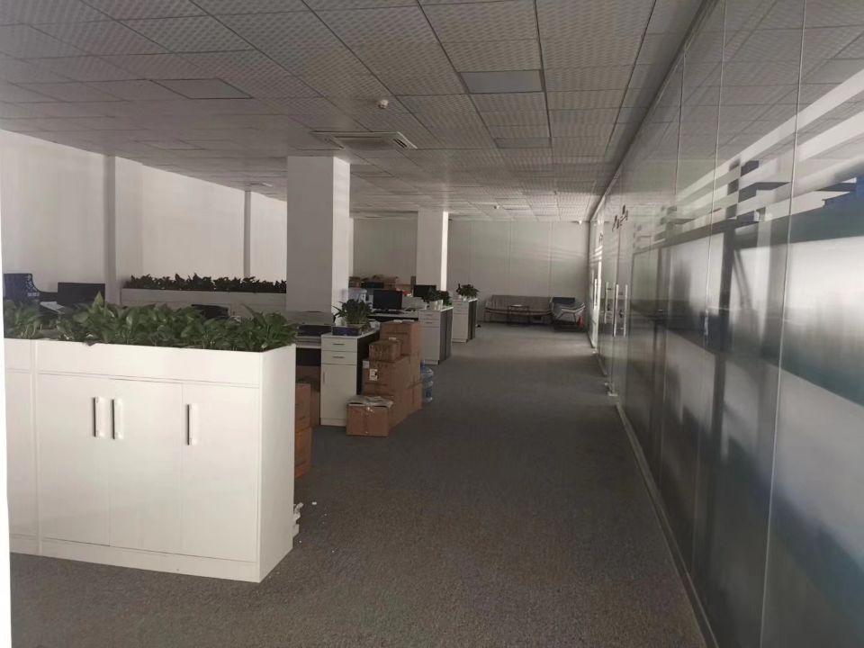 福永和平新出原房东厂房3楼1415平方带豪华装修不需要装让费-图3