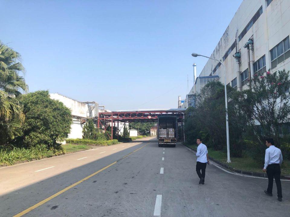 大工业区仓库出租8000平方层高9米,可以分租交通好
