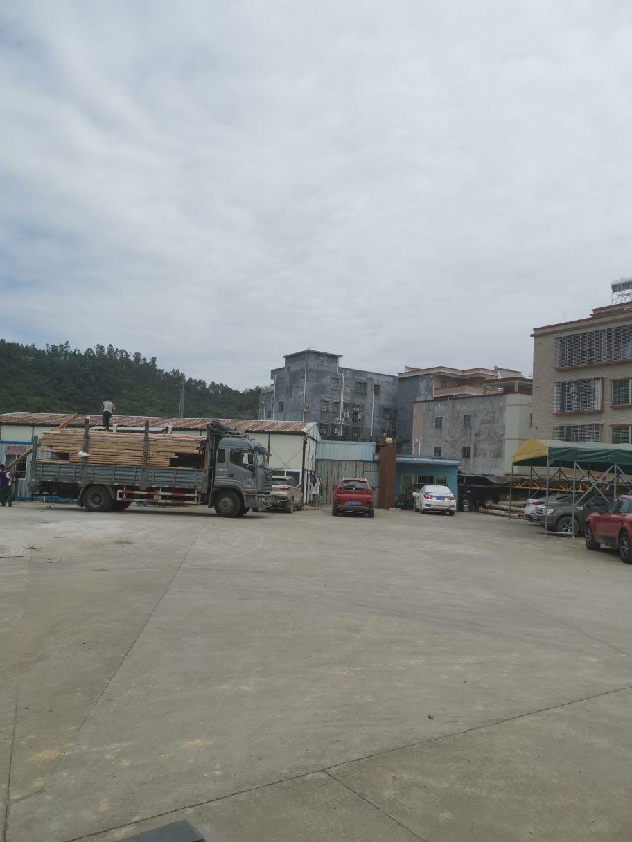 国有双证10米钢构,占地5100建筑2500,售价1600万
