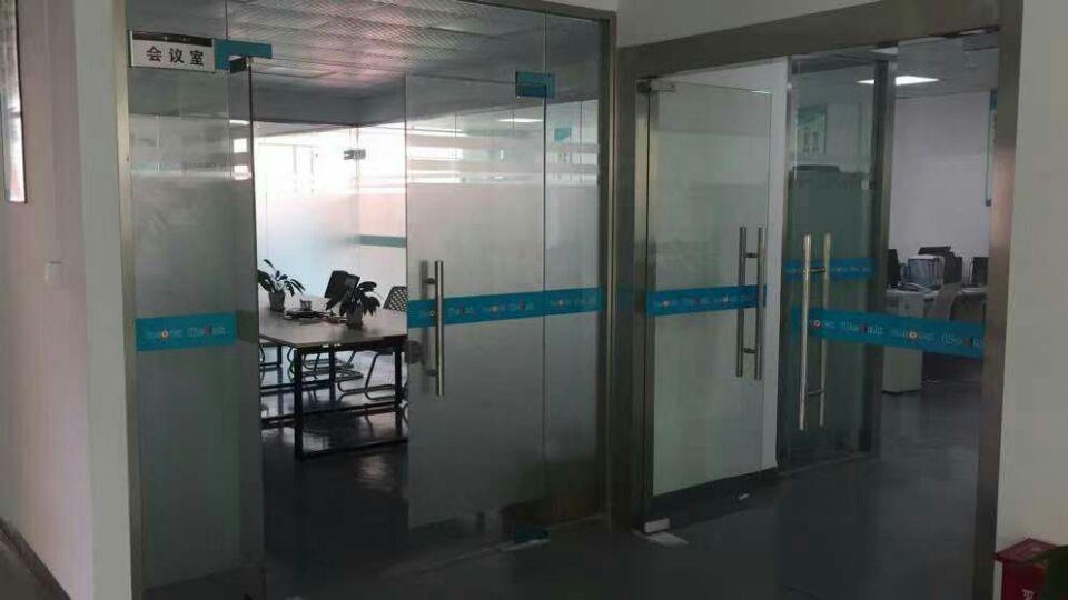 龙华大浪工业园区厂房出租楼上整层1200平,办公+仓库