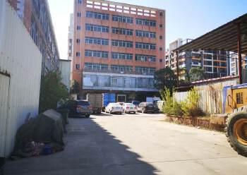 高明区三洲沧江工业区厂内两层办公室700㎡招租图片3