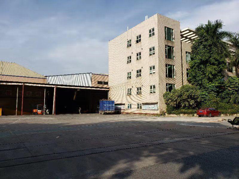 顺德超靓工业区16800平方带装修厂房出租