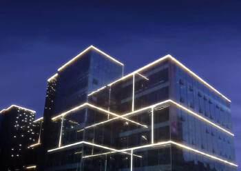新型电商园(拎包入住,活动提价35起),地铁站附近,停车位足图片1