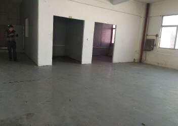 松岗燕川燕罗派出所附近楼上半层740平带装修厂房出租图片9