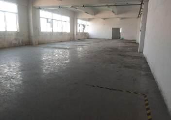 松岗燕川燕罗派出所附近楼上半层740平带装修厂房出租图片5