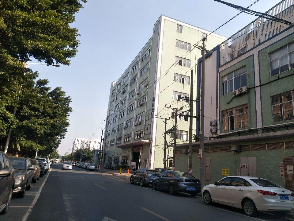 松岗燕川燕罗派出所附近楼上半层740平带装修厂房出租-图6