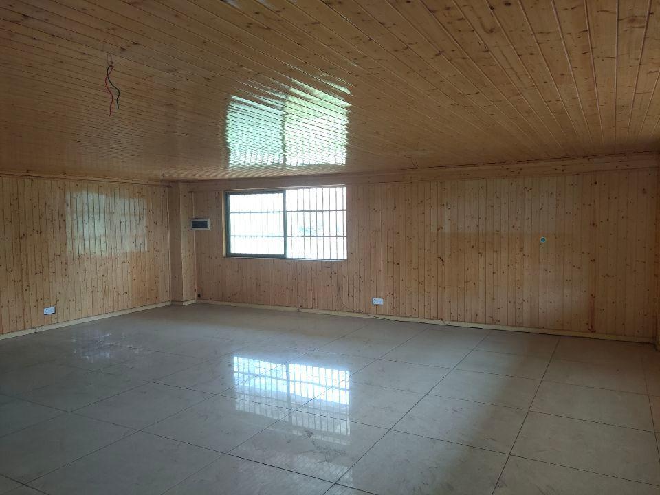 丹灶镇联沙标准厂房一楼一千平方带装修