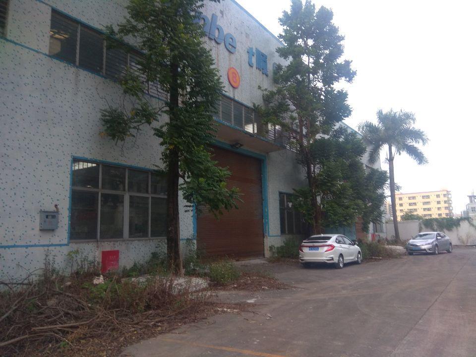 新出独栋砖墙到顶单一层厂房3600平米,高8米,证件齐全