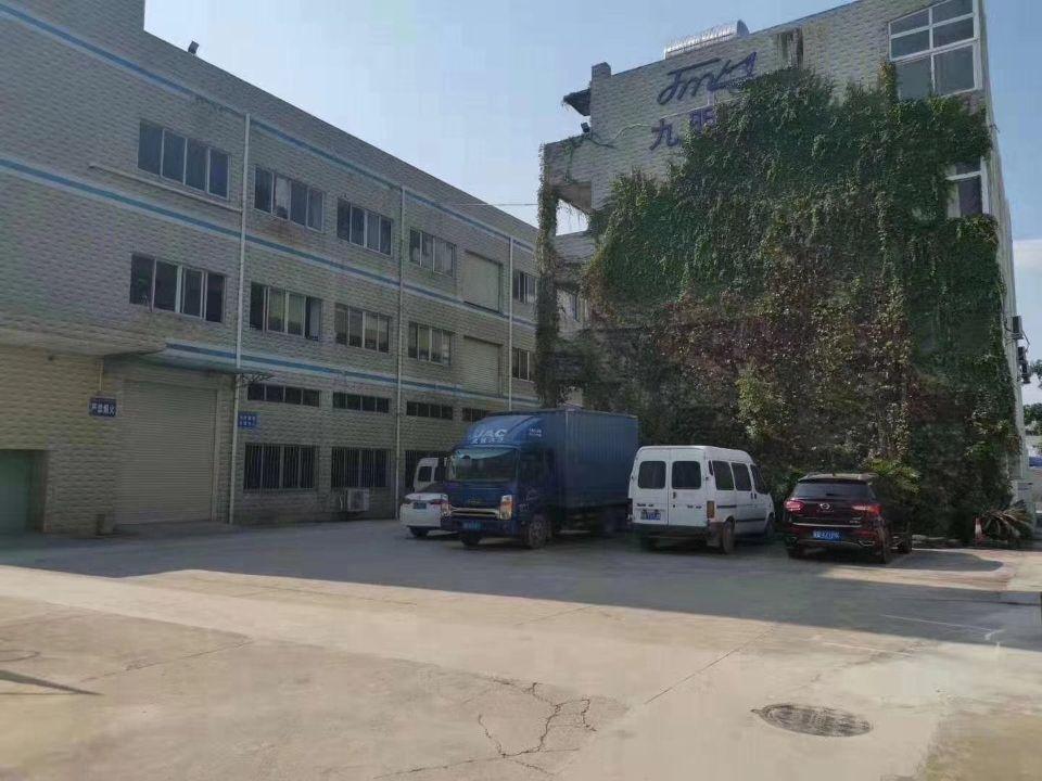 石岩4600平米独院红本厂房出售