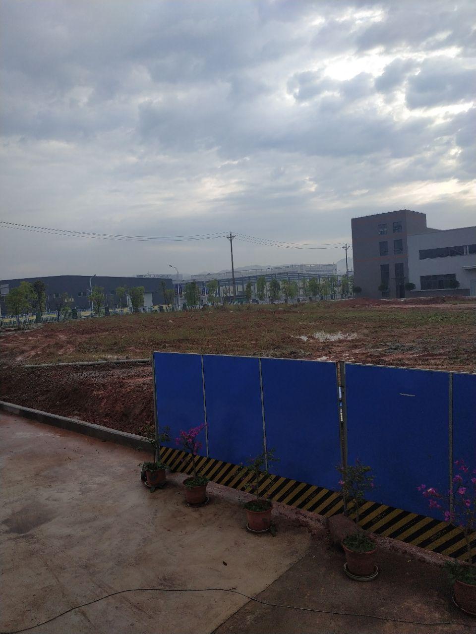 大渡口标准钢结构厂房带办公楼层高9米有行车腿跨度24米-图5