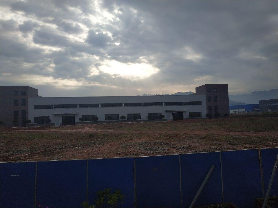 大渡口标准钢结构厂房带办公楼层高9米有行车腿跨度24米-图6