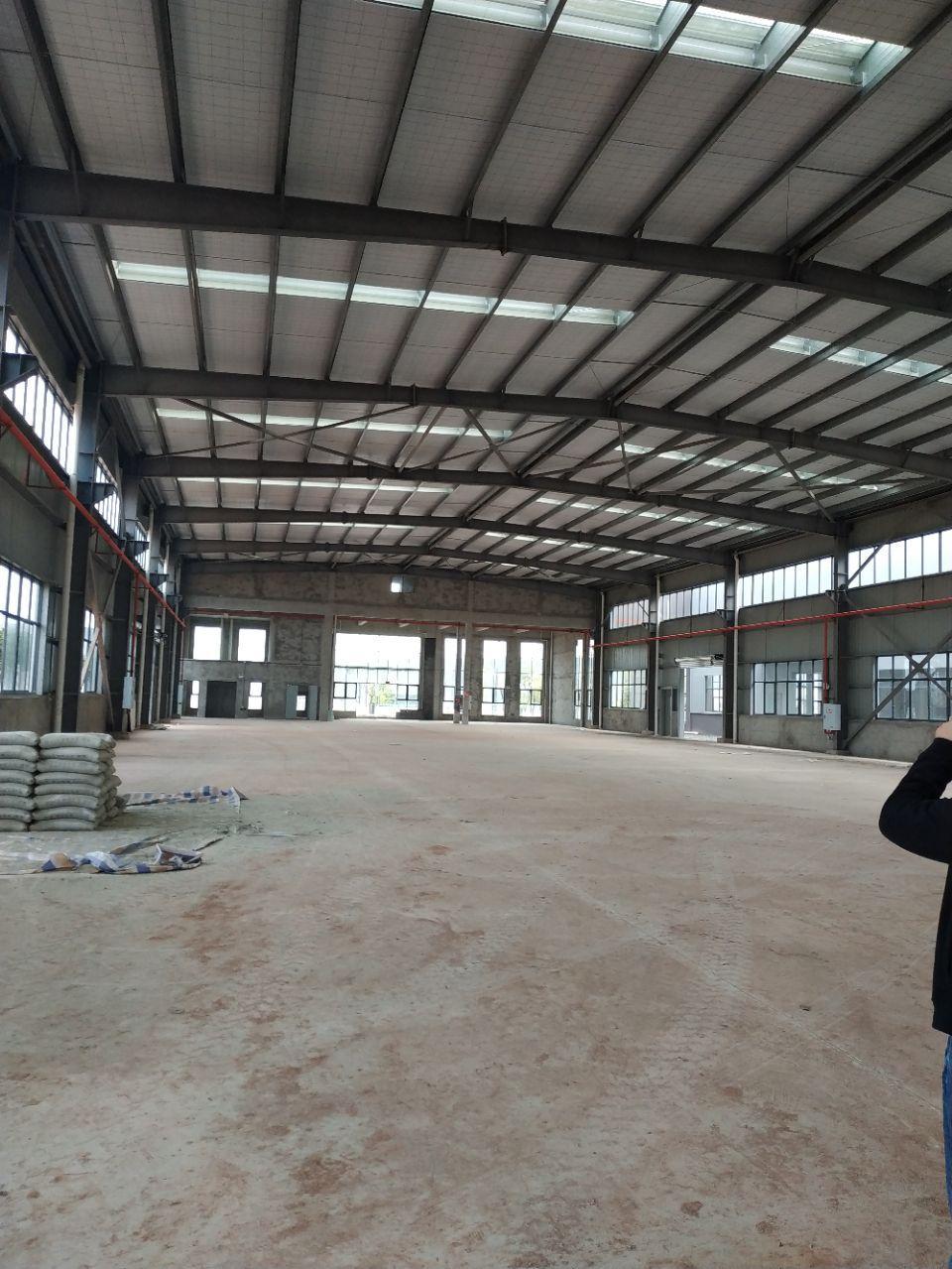 大渡口标准钢结构厂房带办公楼层高9米有行车腿跨度24米-图3