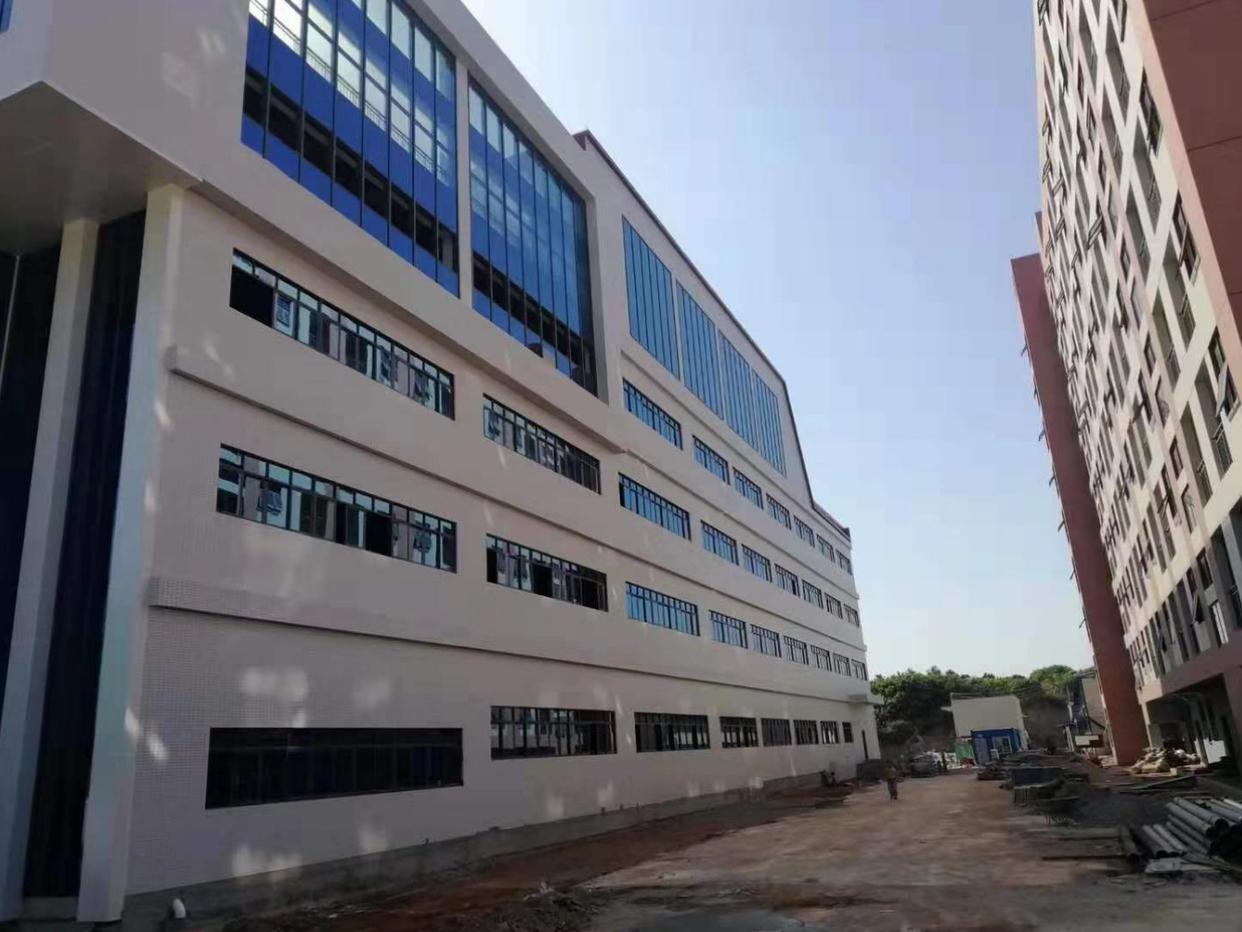 深圳周边全新红本厂房出售240000平米