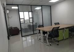 观澜精装修写字楼69起租至350平带家私卡位空调