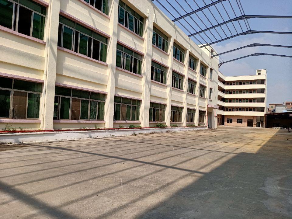 原房东洪梅镇标准厂房6000平一楼6米实际面积出租