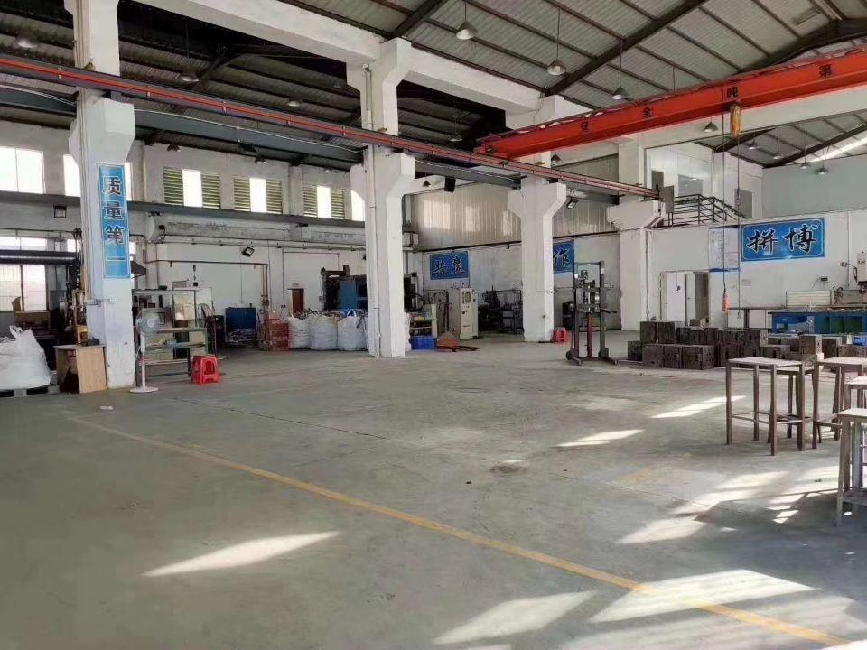 广州增城买地送厂房单一层小独院厂房2000㎡出售(超大空地)