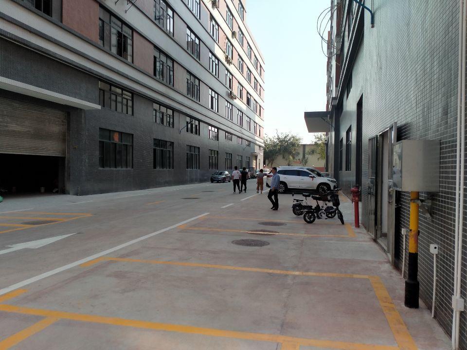 北滘镇原房东带红本厂房标准重工二楼1400平出租