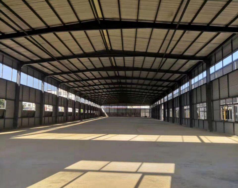 平湖新出独院12米钢结构厂房出租