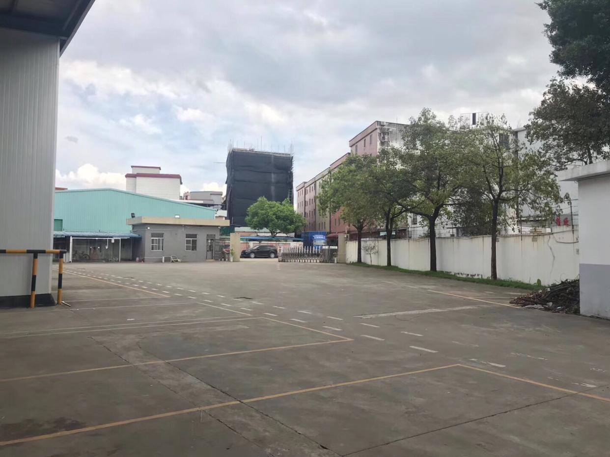 荷城富湾工业区出租独栋一层3000方滴水9米