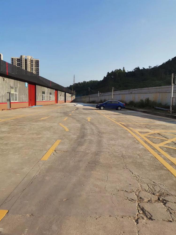 坪山16元物流仓库出租,总面积13000平米,可分租