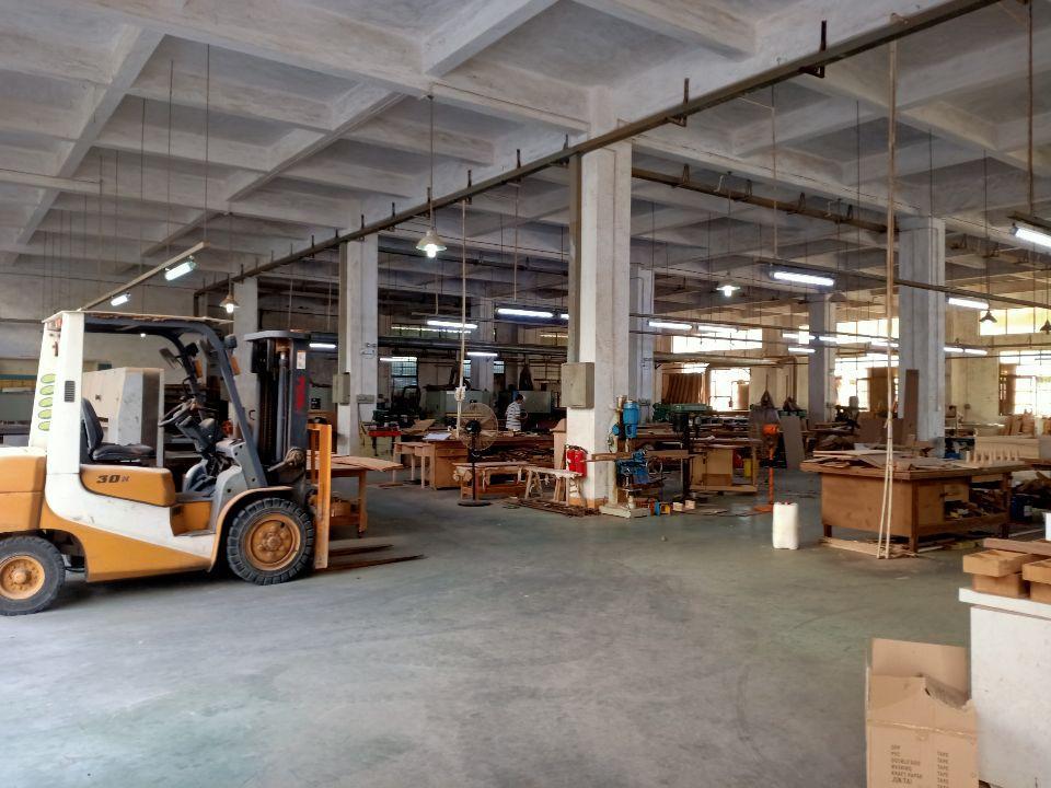 原房东道滘镇独栋标准厂房1-3层5200平米一楼6.5米