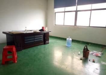 公明上村北环路边精装修厂房仓库1300平无转让费图片9