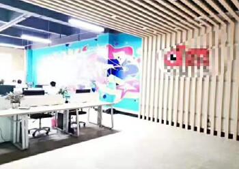 龙华大浪新出楼上带精装修办公室1500平面积出租图片5