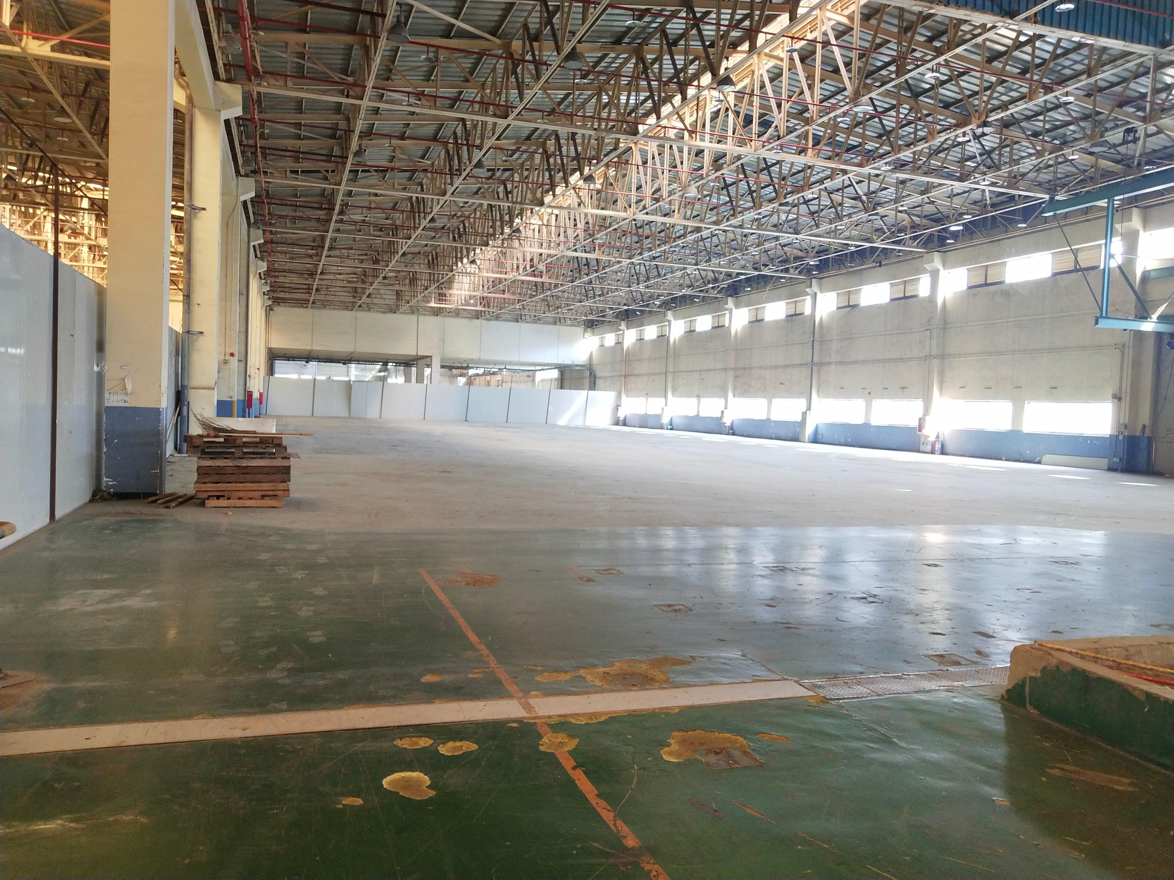 坪山大工业区空出7000平方仓库招租,实际面积,高度9米!