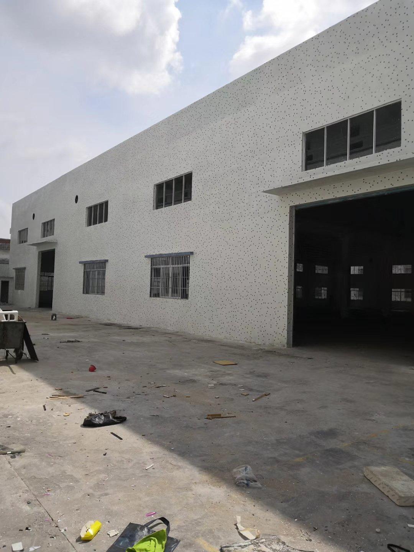荷塘独门独院厂房招租,厂房面积1800平方,空地免费
