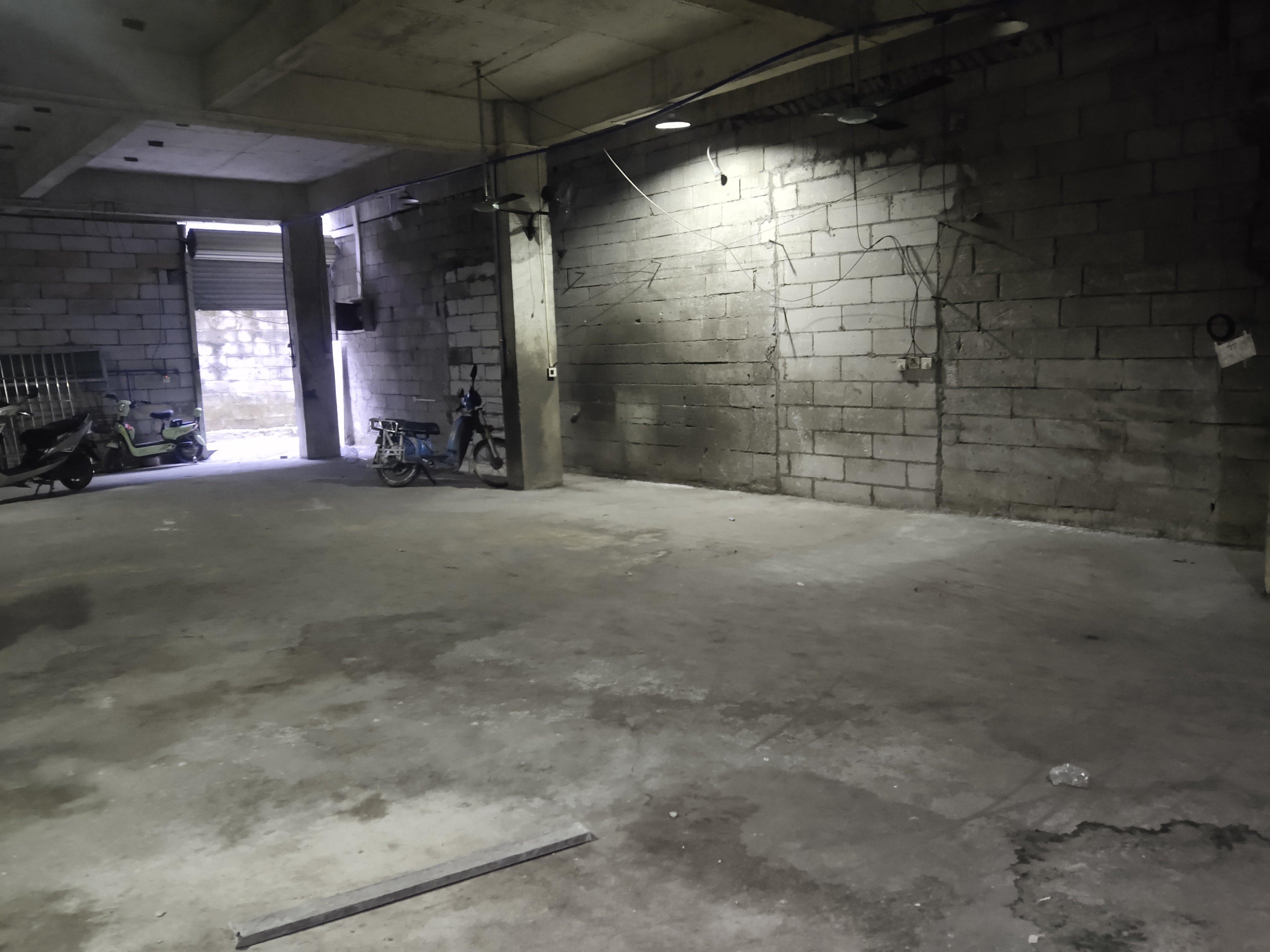 广州天河黄村有新出单一层仓库400平户型方正好用
