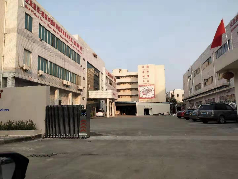 长安乌沙新出一到三层原房东印刷厂房,总面积五千,可分租.