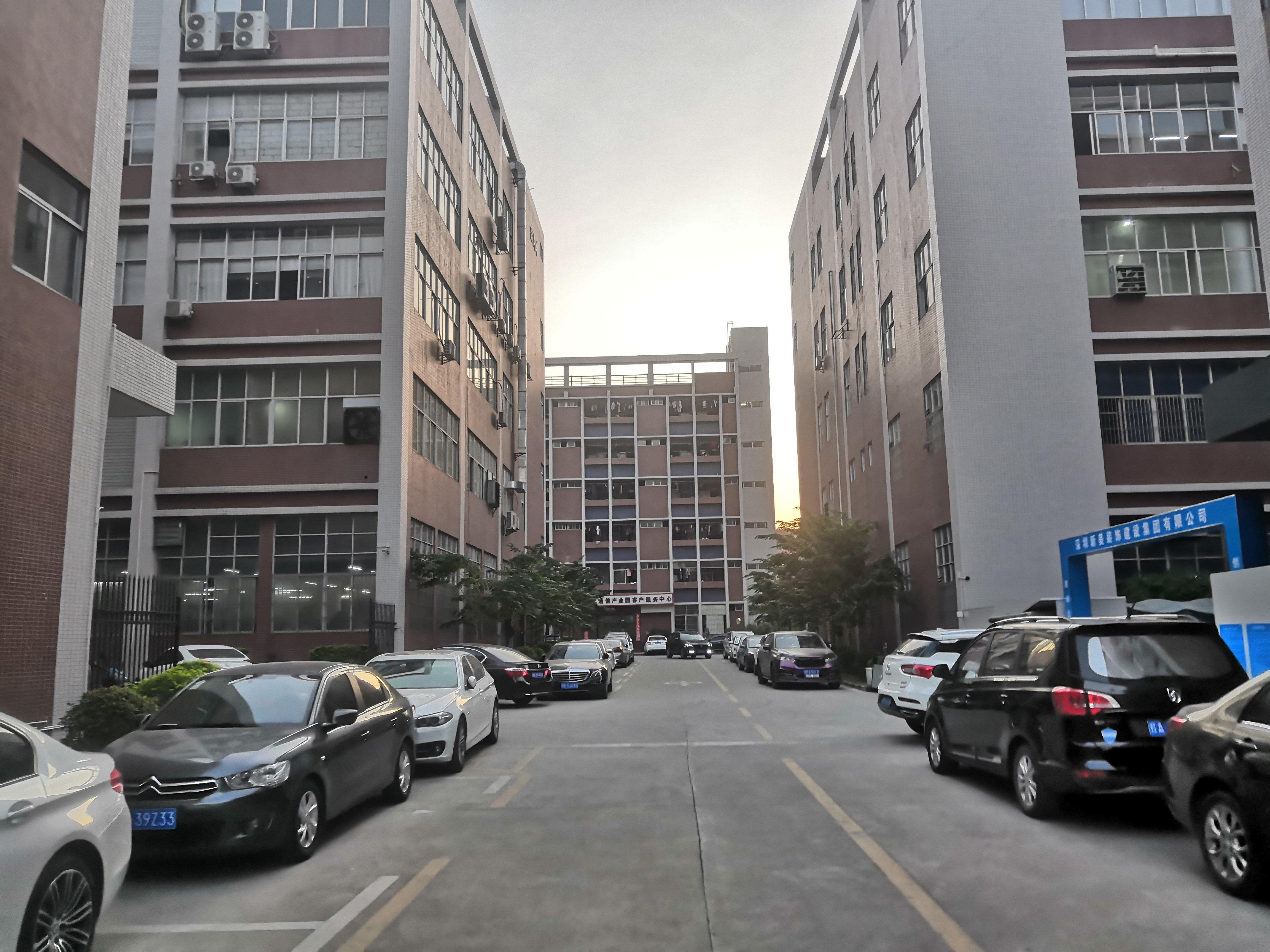 石岩科技园区12500平方独门独院厂房出租-图4