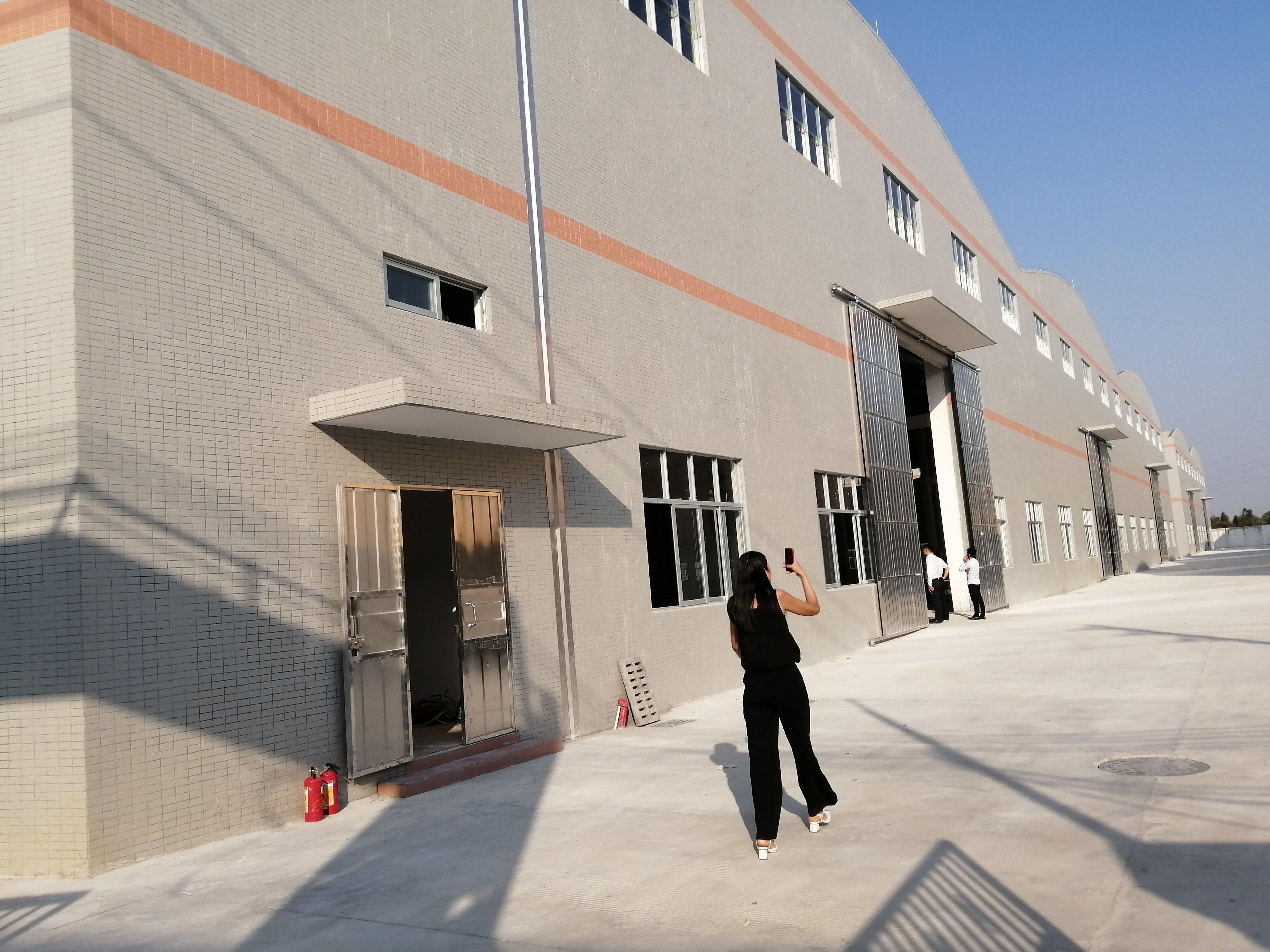 博罗县园洲镇11000平方钢构厂房低价出售
